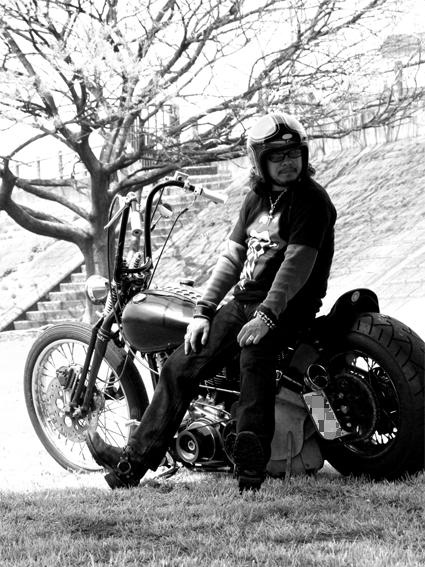 尾寺 創生 & Harley-Davidson FLH(2010 0418)_f0203027_951867.jpg