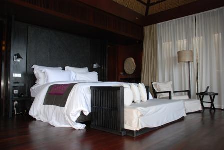 究極の美意識を感じる「BVLGARI HOTELS&RESORTS」1_a0138976_20313838.jpg