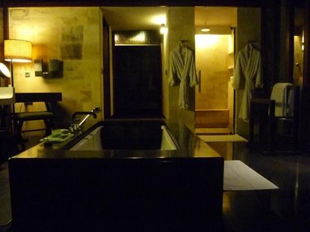 究極の美意識を感じる「BVLGARI HOTELS&RESORTS」1_a0138976_203231100.jpg