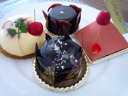 ガトー・ド・ボワのケーキ_a0115906_1343443.jpg