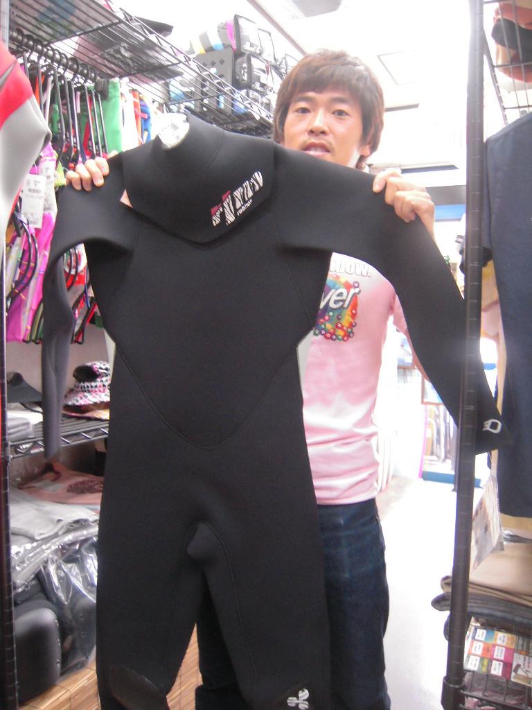 NEWウェットスーツ!!_f0039672_17513514.jpg