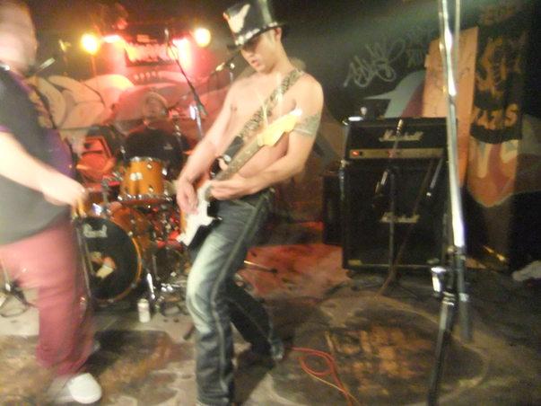 ハイカロリーズ ライブ!! 最高!!_c0226202_711815.jpg