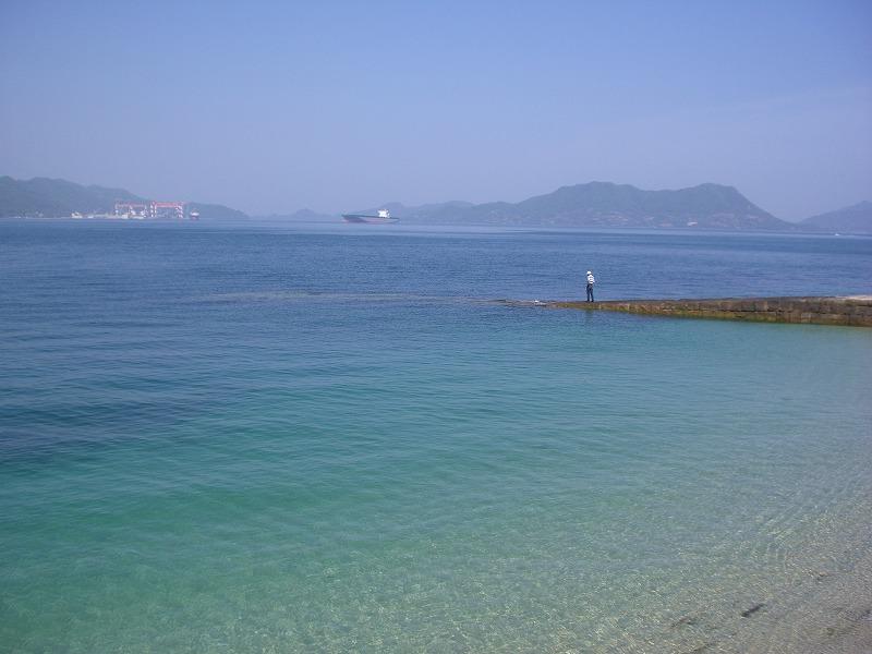 瀬戸内海に浮かぶ毒ガス工場跡とウサギの島―大久野島―_d0116009_3392665.jpg