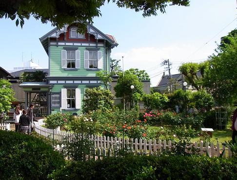 花を愛でながら横浜山手西洋館めぐり_c0192215_6302129.jpg