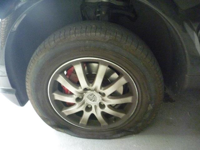 タイヤ パンク修理_b0054727_20534319.jpg