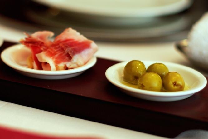 名古屋でスペイン料理♪ 「ラ・フエンテ」La Fuente _d0145934_1058478.jpg
