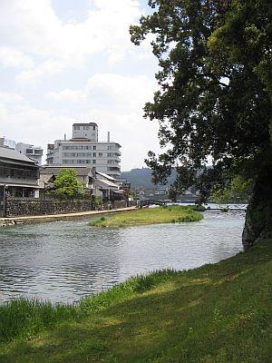 "HAKUDOU師匠と""日田""巡行(その5)・・・三隈川と""日隈=亀山""_c0001578_19351848.jpg"