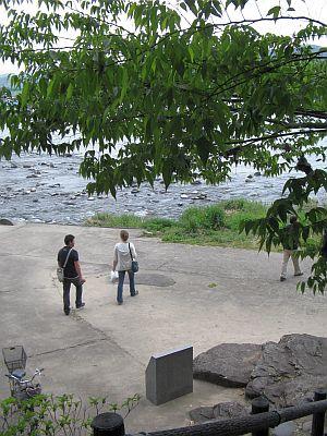 "HAKUDOU師匠と""日田""巡行(その5)・・・三隈川と""日隈=亀山""_c0001578_1936431.jpg"