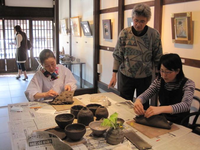 「一日陶芸教室」~一日目_f0233340_064196.jpg