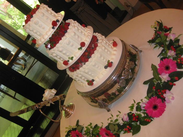 結婚式で幸せいっぱい。_b0087842_057328.jpg