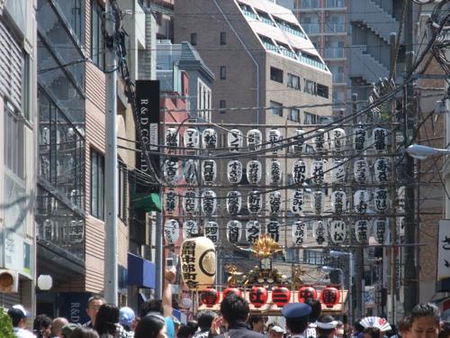 三社祭_c0173978_0255263.jpg
