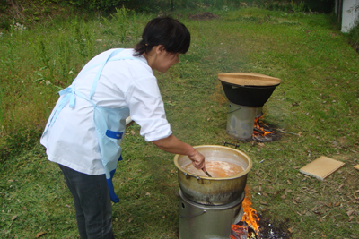 炊き出し訓練&避難訓練_a0154110_13435643.jpg