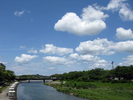 空を見上げて!_f0129726_2234134.jpg