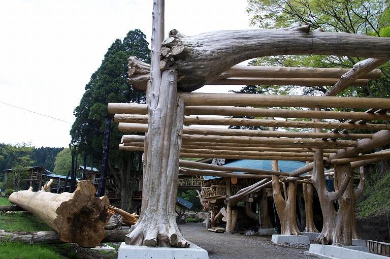 丸木造りの家 : ウキウキフォトパビリオン5