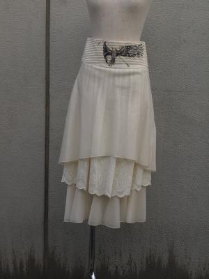 ALESSANDRO DEBENEDETTI の芸術的なスカート_e0126063_21164140.jpg