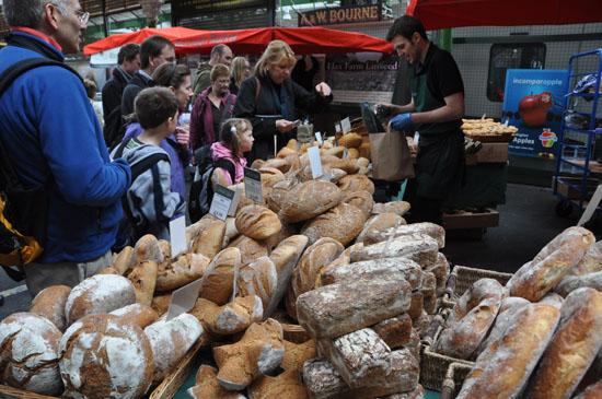 ロンドンの食のマーケット写真アップ!_e0171573_12482195.jpg