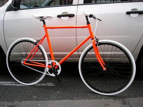 トーキョーバイク シングルスピード 限定車!_e0140354_17111645.jpg