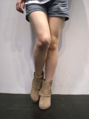 ブーツ_b0136378_1627225.jpg
