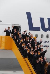 ルフトハンザ  エアバスA380 ファーストフライトに搭乗!_b0053082_17464638.jpg