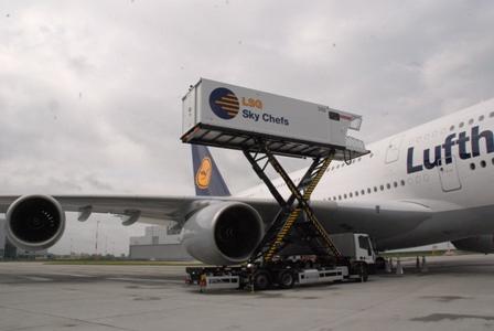 ルフトハンザ  エアバスA380 ファーストフライトに搭乗!_b0053082_1746778.jpg
