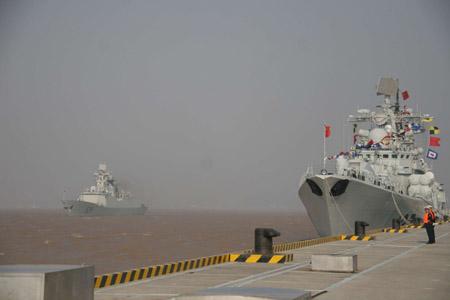 緊迫するアデン湾に世界中の軍艦が集結:シーゲートはどこにあるのか?_e0171614_10515443.jpg