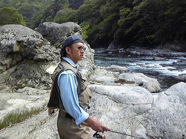 新緑の渓流で撮影_c0199050_2256787.jpg