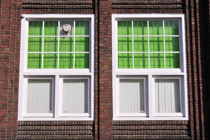 オランダ・ハーグの窓辺_f0050534_6565767.jpg