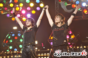 GRANRODEO 「5TH ANNIVERSARY LIVE AT 武道館~G5 ROCK★SHOW~」レポート!_e0025035_1245457.jpg