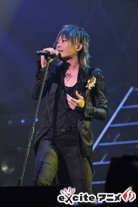 GRANRODEO 「5TH ANNIVERSARY LIVE AT 武道館~G5 ROCK★SHOW~」レポート!_e0025035_1247950.jpg