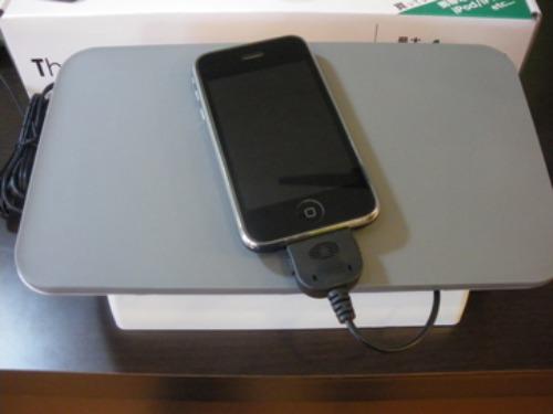 思わず「安い!!」と叫んじゃったよ...。携帯もiPod/iPhoneもゲームも、まとめてスッキリできちゃうアレが!!_b0125570_11122567.jpg