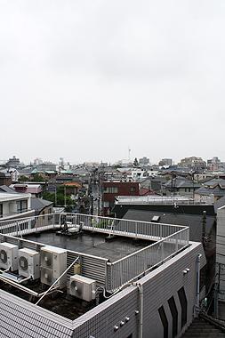 雨にも負けず_f0170519_2373015.jpg