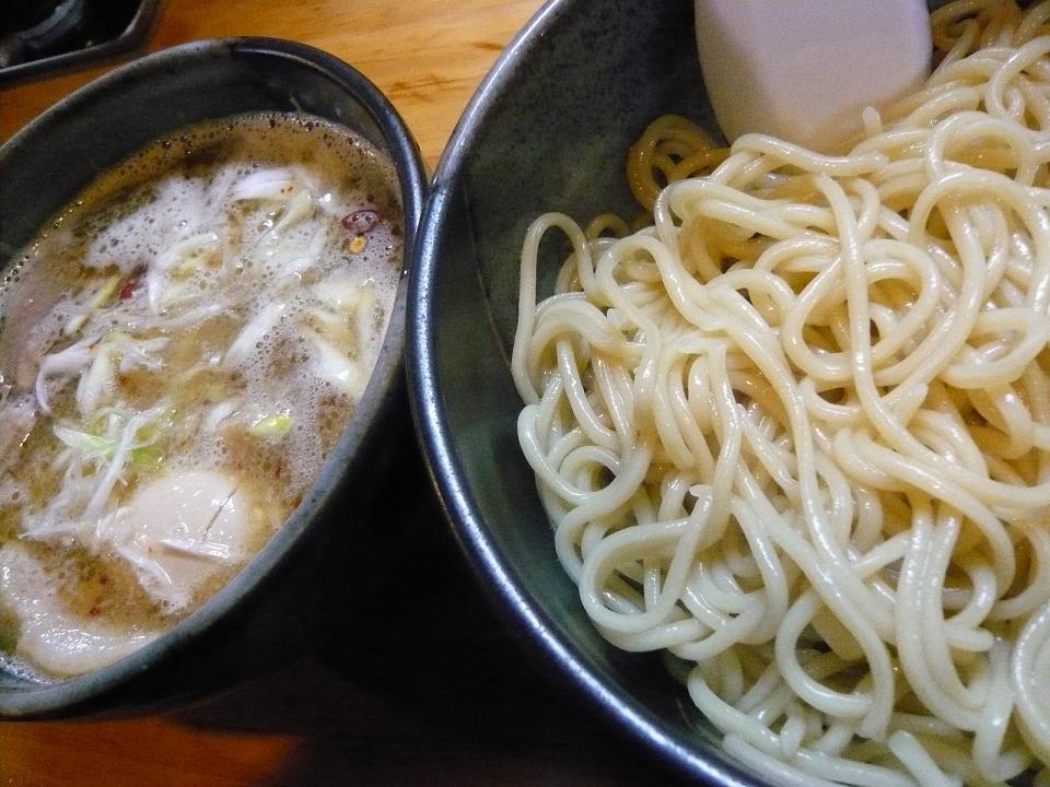 しゃかりき の つけ麺。_e0170538_10101384.jpg