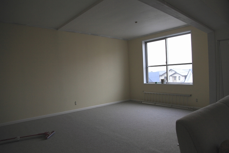 リフォーム4最終工程  和室を洋室に 大きな1LDKに_a0160581_8445748.jpg