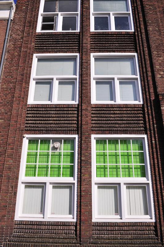 オランダ ハーグの窓辺_f0050534_10342859.jpg