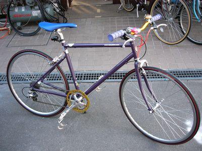 トーキョーバイクのタイヤ交換_e0140354_9301411.jpg
