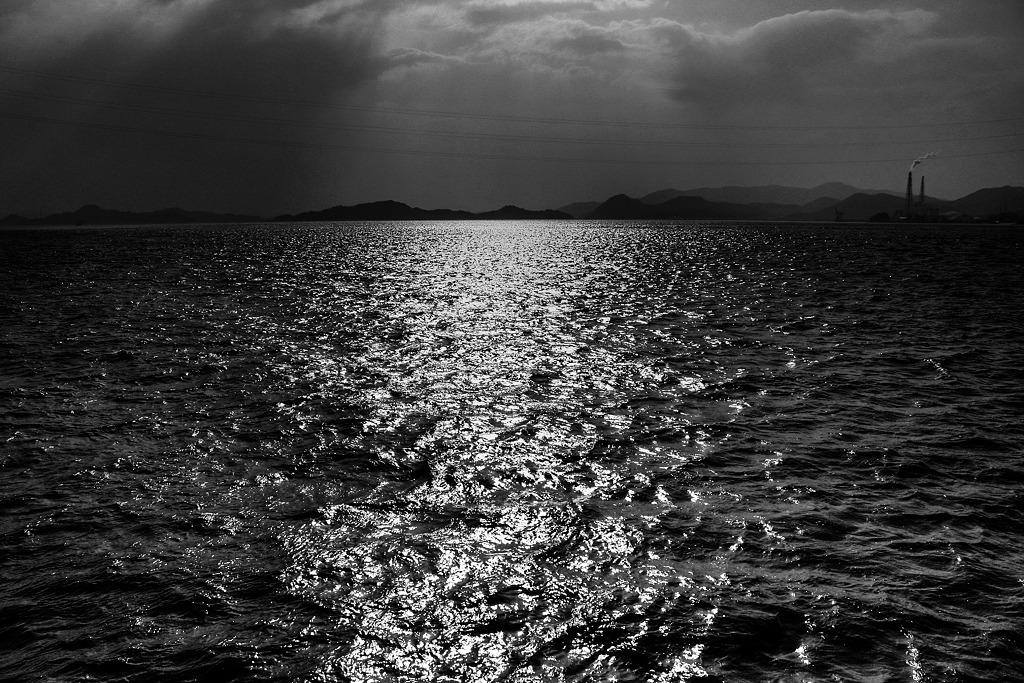 Ocean Monochromes「DISCOVER WEST」_c0214542_0305530.jpg