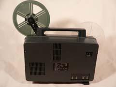 管理人の保有する8mm機材: 8mm映写機_f0238564_241559.jpg