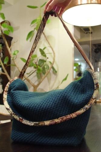 オリジナルバッグ、完成!!!ブルーグリーンのななめ掛け!_a0096367_21345231.jpg