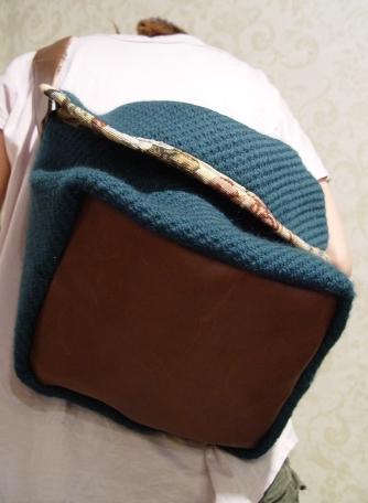 オリジナルバッグ、完成!!!ブルーグリーンのななめ掛け!_a0096367_2136052.jpg