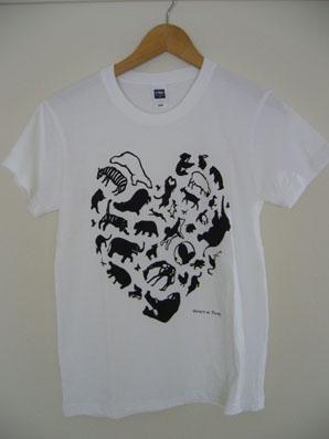 2010 切り絵Tシャツ_e0035344_99113.jpg