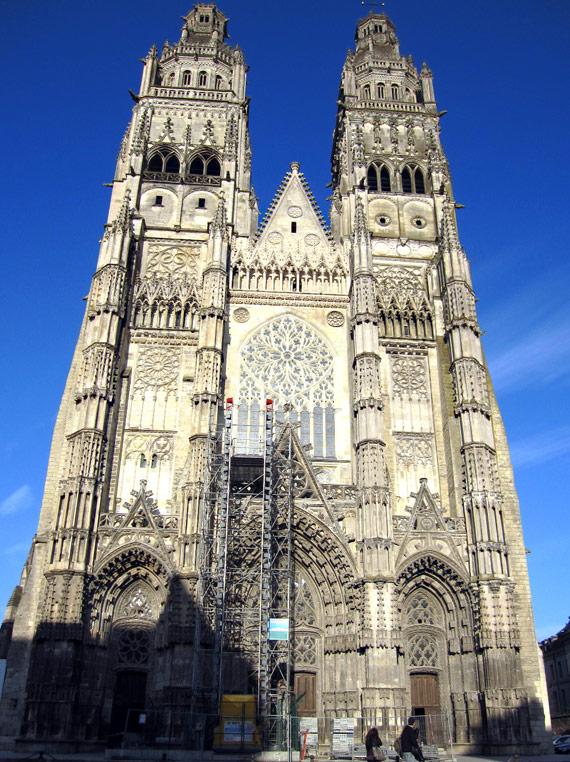 フランスへGO♪♪^^♪♪ 〜トゥールへ→サン・ガディアン大聖堂〜_f0119369_10511357.jpg