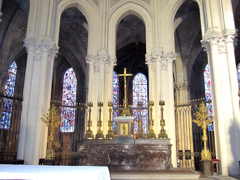 フランスへGO♪♪^^♪♪ 〜トゥールへ→サン・ガディアン大聖堂〜_f0119369_10553196.jpg