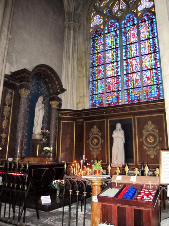 フランスへGO♪♪^^♪♪ 〜トゥールへ→サン・ガディアン大聖堂〜_f0119369_11131451.jpg