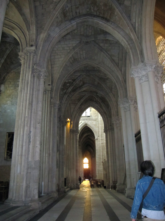 フランスへGO♪♪^^♪♪ 〜トゥールへ→サン・ガディアン大聖堂〜_f0119369_1122261.jpg