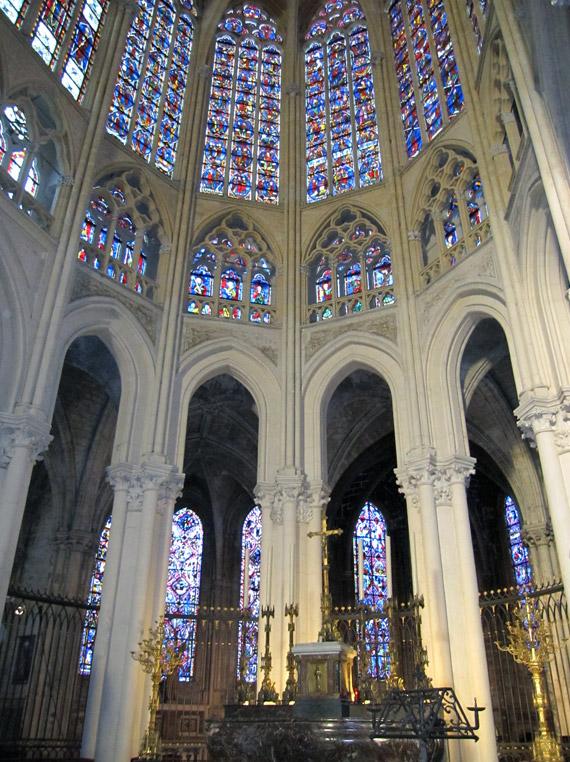 フランスへGO♪♪^^♪♪ 〜トゥールへ→サン・ガディアン大聖堂〜_f0119369_1133747.jpg