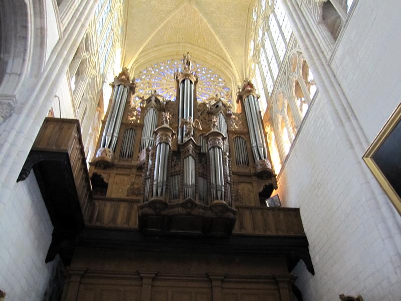フランスへGO♪♪^^♪♪ 〜トゥールへ→サン・ガディアン大聖堂〜_f0119369_1154651.jpg