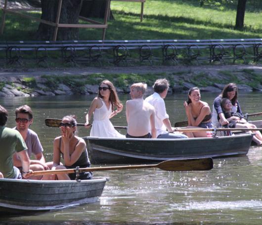 セントラルパークの貸ボートが気持ち良い季節になりました_b0007805_21545644.jpg