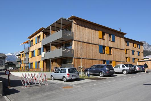 オーストリア・スイスのパッシブハウス・木造多層階研修37_e0054299_10155313.jpg