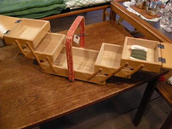 裁縫箱 (SWEDEN/DENMARK)_c0139773_19351788.jpg