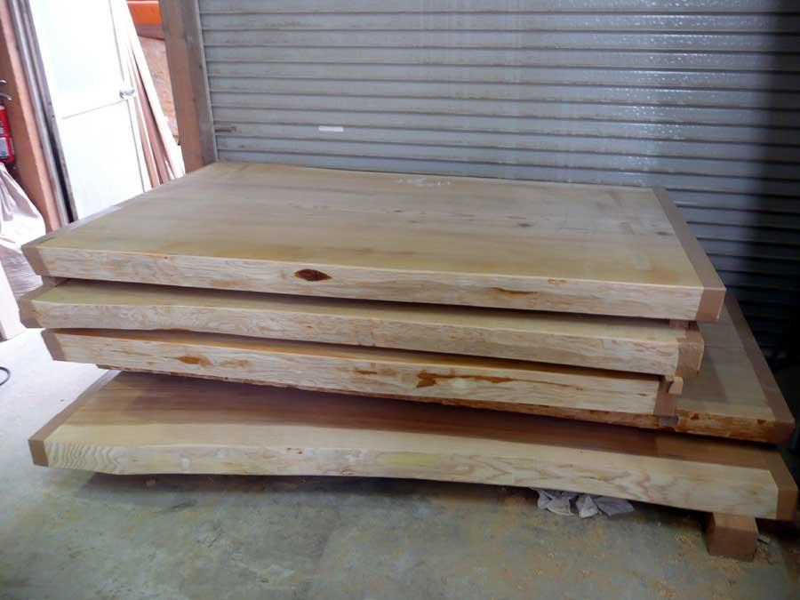 無垢厚板「テーブル板」の乾燥_f0150893_17404459.jpg